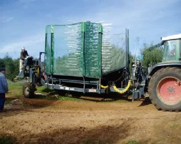"""4bc408feff7 """"Avaliação do desempenho da máquina de colheita em contínuo de azeitona  (MCCA)"""". Assim se chama o projeto que irá ser apresentado a 20 de dezembro  na ..."""